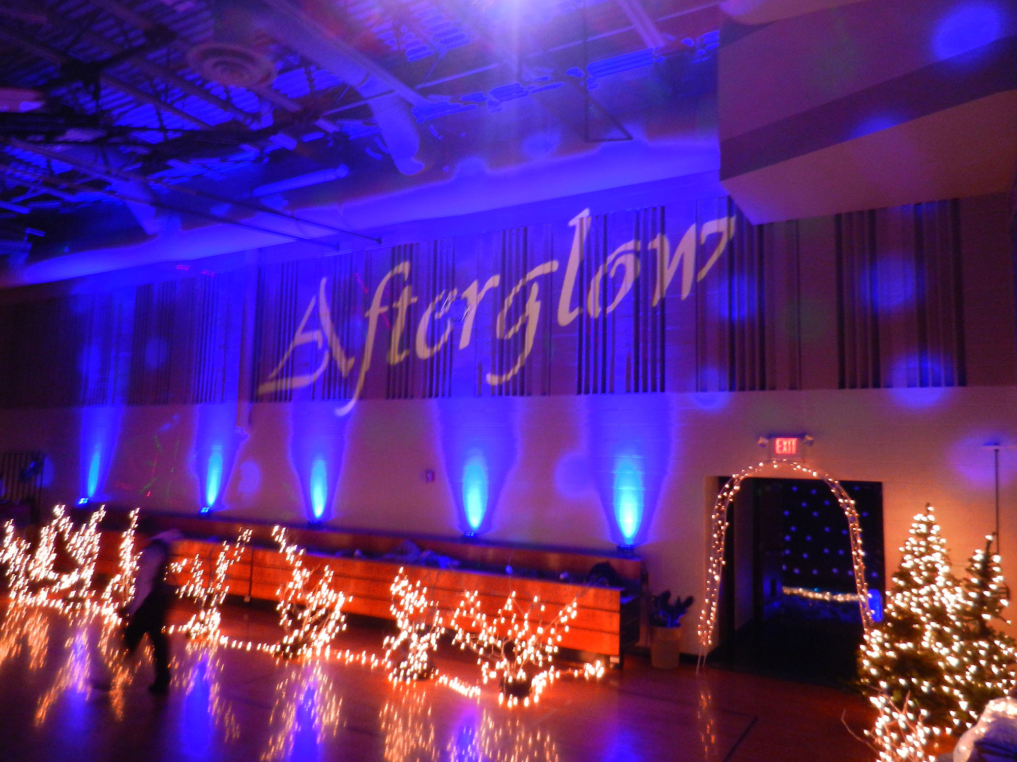 Projectors - Party Hits Music and Light Show - Wisconsin DJ Dance Weddings Events